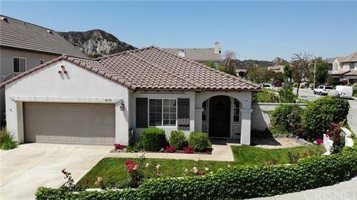 Photo of 26134 Forster Way, Stevenson Ranch, CA 91381 (MLS # SR21102006)
