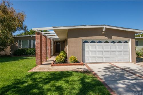 Photo of 5913 Ostrom Avenue, Encino, CA 91316 (MLS # SR21232006)