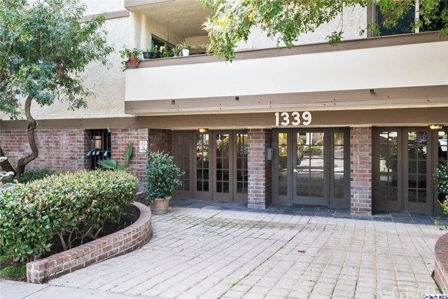 Photo of 1339 N Columbus Avenue #208, Glendale, CA 91202 (MLS # 320005006)