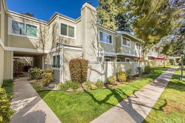 Photo for 22141 Burbank Boulevard #4, Woodland Hills, CA 91367 (MLS # SR20042006)