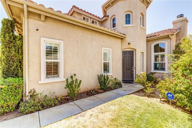 Photo of 39405 Desert Lilly Court, Palmdale, CA 93551 (MLS # SR20162007)