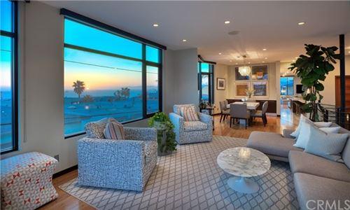 Photo of 417 34th Street, Manhattan Beach, CA 90266 (MLS # SB21028010)