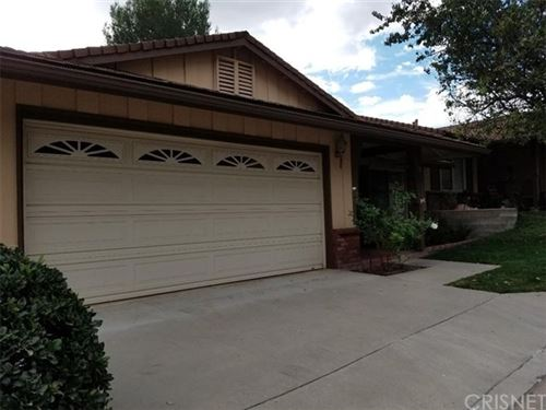 Photo of 26561 Cardwick Court, Newhall, CA 91321 (MLS # SR19268010)