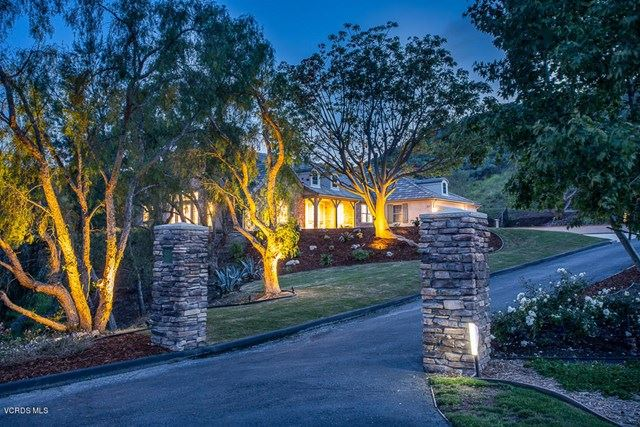 Photo of 2320 Valley Terrace Drive, Simi Valley, CA 93065 (MLS # 220004010)