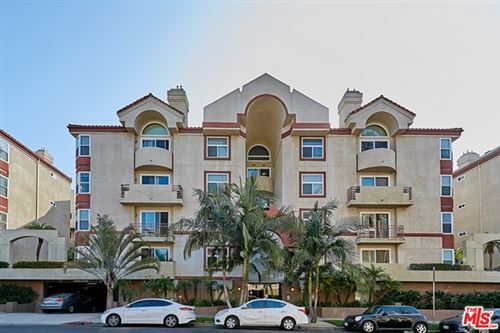 Photo of 620 S Gramercy Place #239, Los Angeles, CA 90005 (MLS # 20629012)