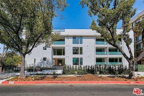 Photo of 328 N Maple Drive #301, Beverly Hills, CA 90210 (MLS # 21741012)