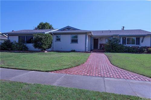 Photo of 17148 Stare Street, Northridge, CA 91325 (MLS # CV21221012)