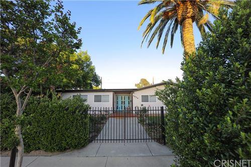 Photo of 9824 Mason Avenue, Chatsworth, CA 91311 (MLS # SR21099012)