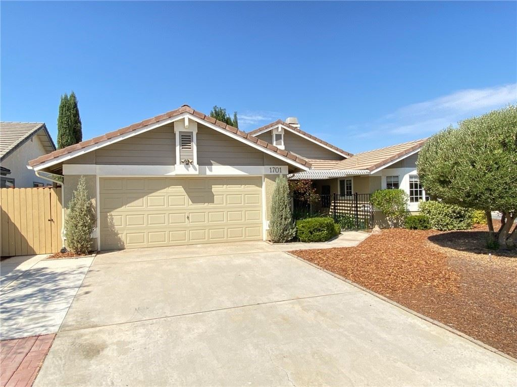 Photo of 1701 Current Lane, Paso Robles, CA 93446 (MLS # NS21200012)