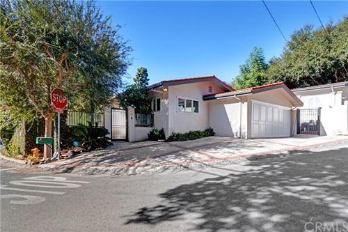 Photo of 2770 Nichols Canyon Road, Los Angeles, CA 90046 (MLS # DW20237013)