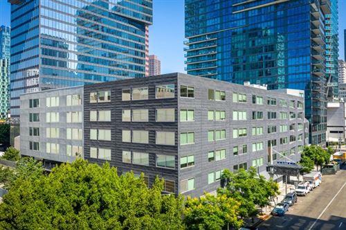 Photo of 901 S Flower Street #407, Los Angeles, CA 90015 (MLS # P1-1013)
