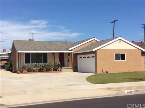Photo of 206 N Spruce Drive, Anaheim, CA 92805 (MLS # PW21095013)