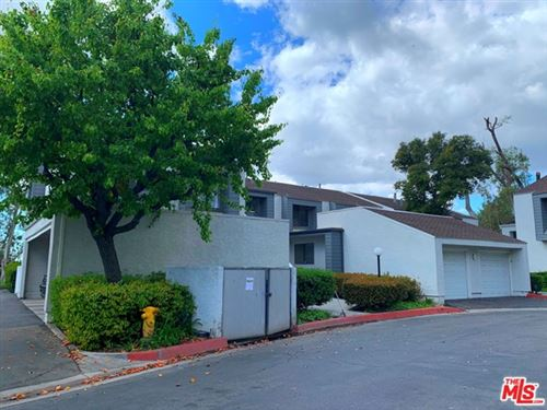 Photo of 435 S Ranch View Circle, Anaheim Hills, CA 92807 (MLS # 20655014)