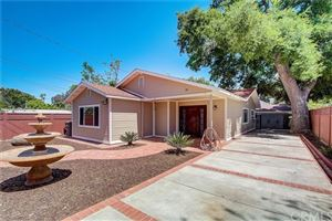 Photo of 25076 De Wolfe Road, Newhall, CA 91321 (MLS # BB19095014)