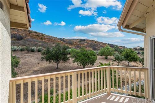Photo of 5805 Oak Bend Lane #409, Oak Park, CA 91377 (MLS # SR20128014)