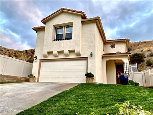 Photo of 29407 Shannon Court, Canyon Country, CA 91387 (MLS # SR21136014)