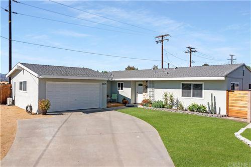 Photo of 26675 Abajo Drive, Saugus, CA 91350 (MLS # SR21232014)