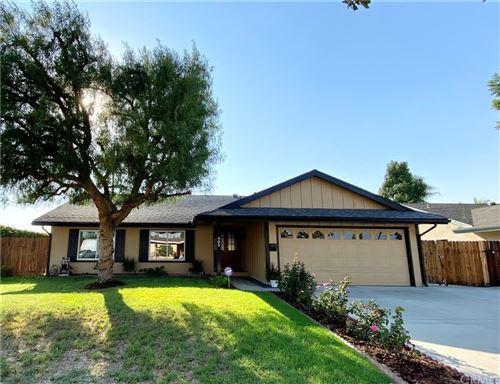 Photo of 905 N Homerest Avenue, Covina, CA 91722 (MLS # AR21212015)