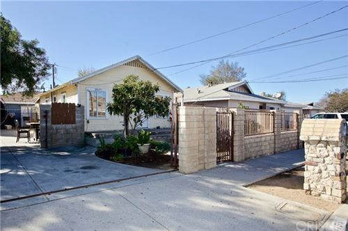 Photo of 24155 Arch Street, Newhall, CA 91321 (MLS # SR21146015)