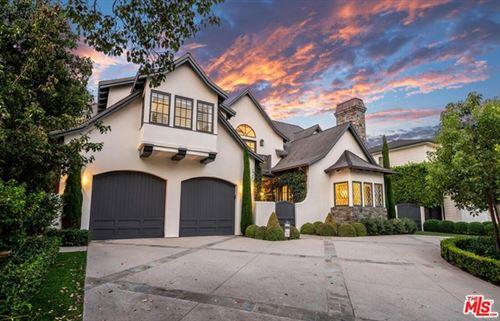 Photo of 820 Toyopa Drive, Pacific Palisades, CA 90272 (MLS # 20628016)