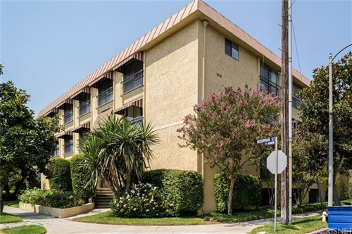 Tiny photo for 11507 Moorpark Street #202, Studio City, CA 91602 (MLS # SR21202016)