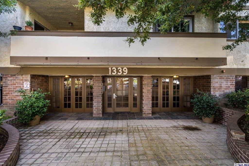 Photo of 1339 N Columbus Avenue #105, Glendale, CA 91202 (MLS # 320008017)