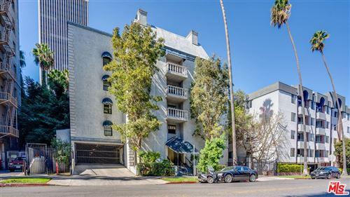 Photo of 631 S Kenmore Avenue #101, Los Angeles, CA 90005 (MLS # 21797018)