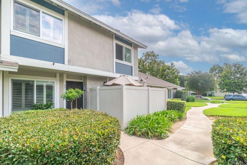 Photo of 2514 S Laurelwood #130, Santa Ana, CA 92704 (MLS # PW21165018)