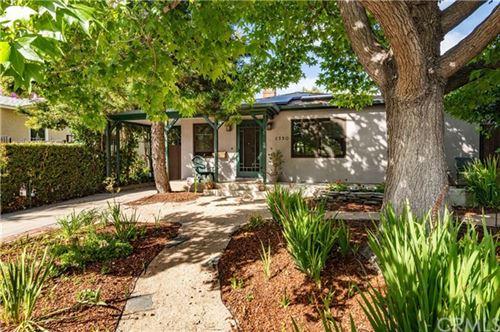 Photo of 2330 Walnut Avenue, Venice, CA 90291 (MLS # PV20118019)