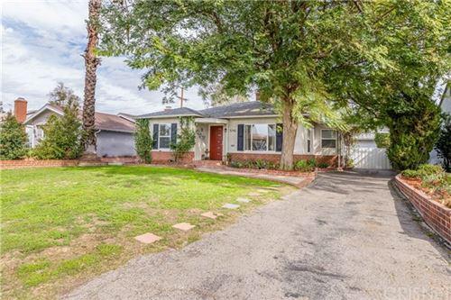 Photo of 5742 Vesper Avenue, Sherman Oaks, CA 91411 (MLS # SR21028019)