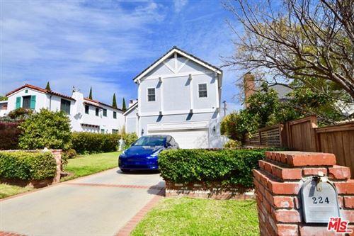 Photo of 224 S Anita Avenue, Los Angeles, CA 90049 (MLS # 21705020)