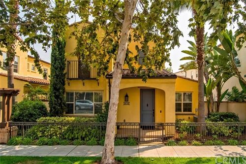 Photo of 418 E Santa Ana Street, Anaheim, CA 92805 (MLS # OC20186020)
