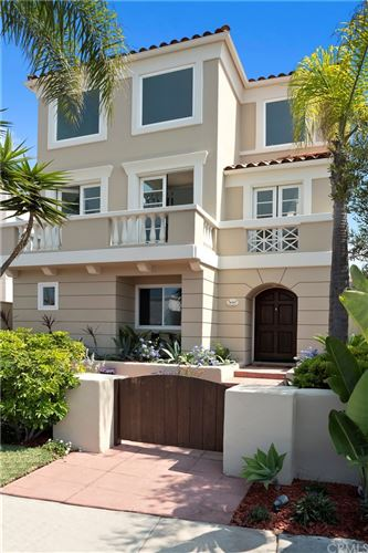 Photo of 1636 Monterey Boulevard, Hermosa Beach, CA 90254 (MLS # SB21200020)