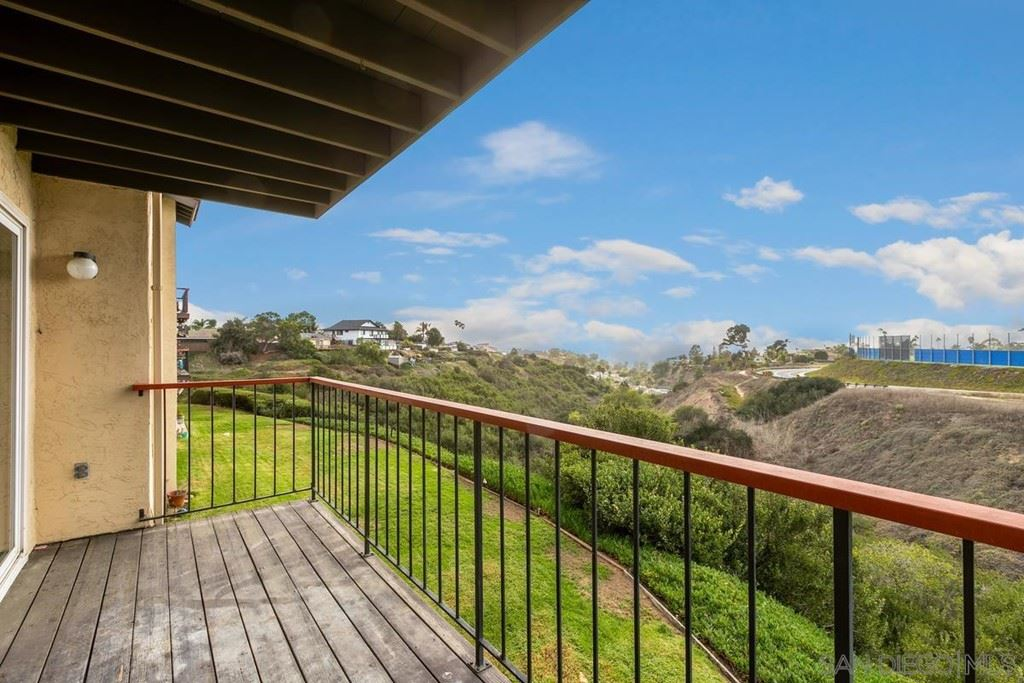 3658 Clairemont Drive #2D, San Diego, CA 92117 - MLS#: 210029020