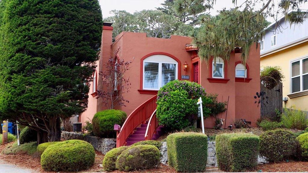 881 Lighthouse Avenue, Pacific Grove, CA 93950 - MLS#: ML81866021