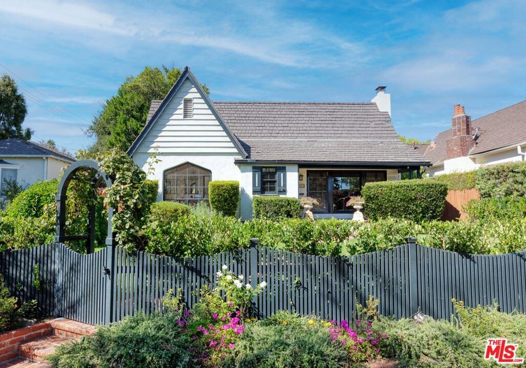 Photo of 2035 Monte Vista Street, Pasadena, CA 91107 (MLS # 21786022)