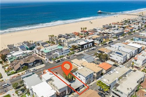 Photo of 408 Manhattan Avenue, Manhattan Beach, CA 90266 (MLS # SB20078023)