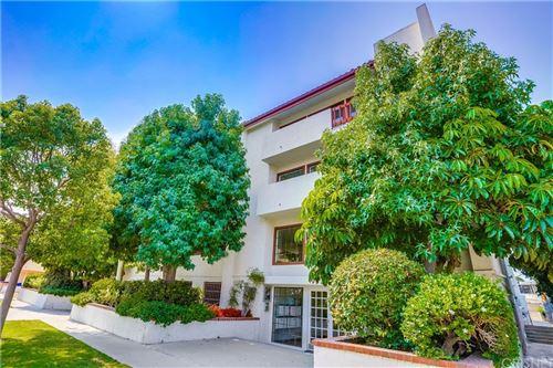 Photo of 9737 Charnock Avenue #2, Los Angeles, CA 90034 (MLS # SR21188023)