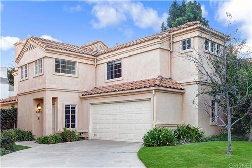 Photo of 4333 Willow Glen Street, Calabasas, CA 91302 (MLS # SR21223023)