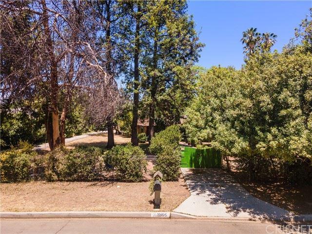 Photo of 22625 Erwin Street, Woodland Hills, CA 91367 (MLS # SR21136023)