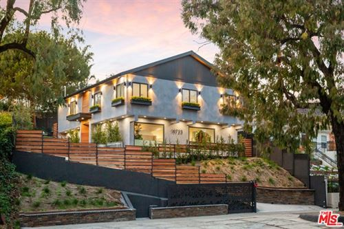 Photo of 16723 W Sunset Boulevard, Pacific Palisades, CA 90272 (MLS # 21679024)