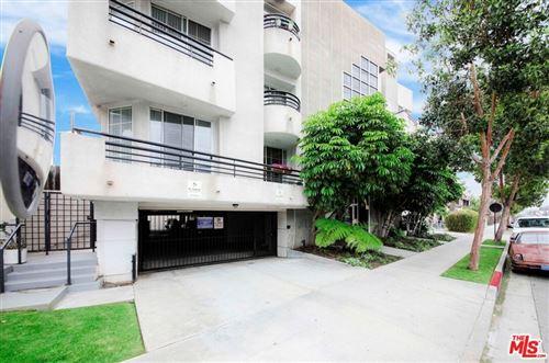 Photo of 4320 S Centinela Avenue, Los Angeles, CA 90066 (MLS # 21742024)