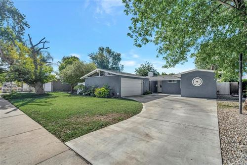 Photo of 19924 Acre Street, Northridge, CA 91324 (MLS # RS21191025)