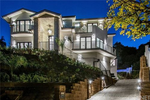 Photo of 16742 Pageant Place, Encino, CA 91436 (MLS # SR20100025)