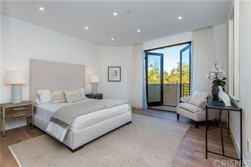 Tiny photo for 16742 Pageant Place, Encino, CA 91436 (MLS # SR20100025)