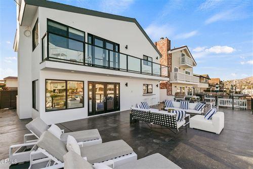 Photo of 2838 Bayshore Avenue, Ventura, CA 93001 (MLS # V1-9027)