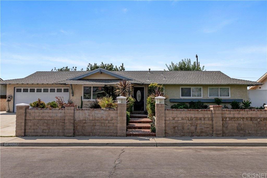 Photo of 2267 Gloryette Avenue, Simi Valley, CA 93063 (MLS # SR21209027)