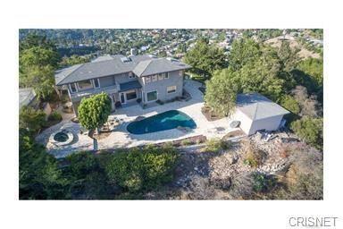 Photo of 8200 Mulholland Terrace, Los Angeles, CA 90046 (MLS # SR21034028)