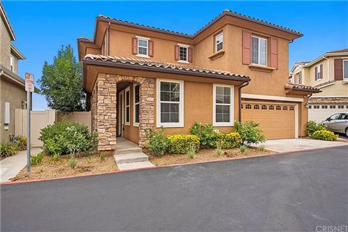 Photo of 20405 Janzer Court, Newhall, CA 91350 (MLS # SR21163028)