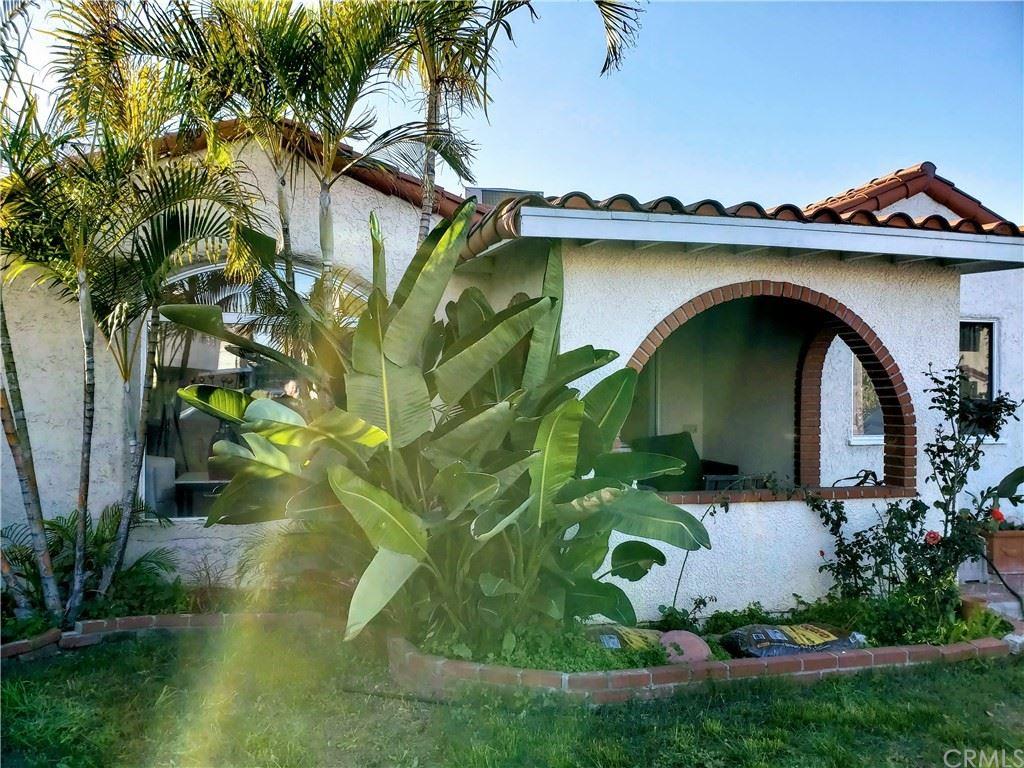 733 Eastmont Avenue, Los Angeles, CA 90022 - MLS#: CV21124028